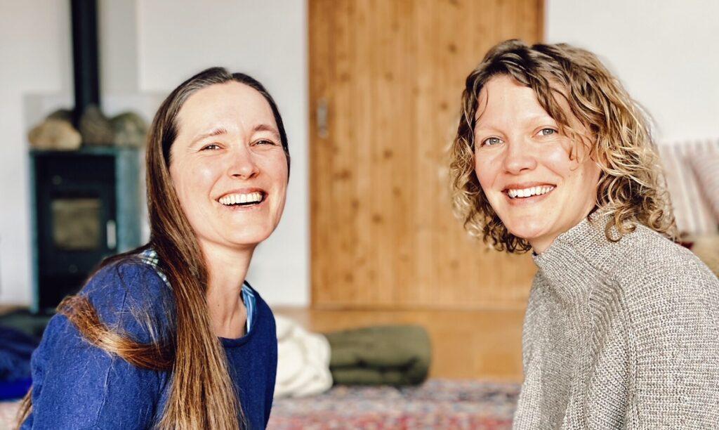 Britta og Jeanette Crop